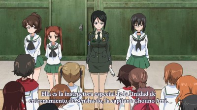 Girls und Panzer - 02.mov_snapshot_15.16_[2013.10.31_16.21.22]