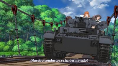 Girls und Panzer - 03.mov_snapshot_03.38_[2013.10.31_16.21.29]